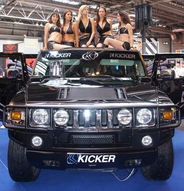 kicker-hummer-1
